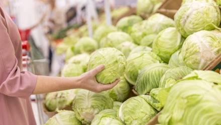 Руками не трогать! В гомельских супермаркетах весовой товар будут фасовать работники торговли
