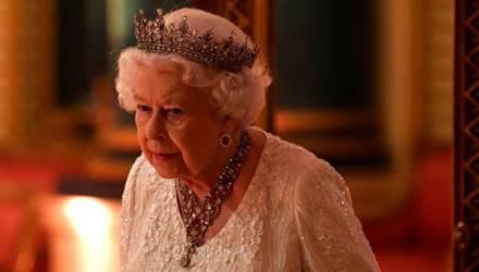 Гомельчанин с царственной фамилией в письме поздравил королеву Великобритании с Новым годом и получил ответ