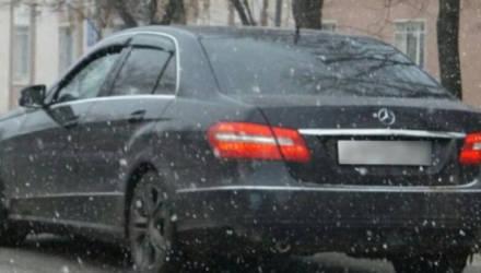Покупатель угнал Mercedes в Светлогорске во время тест-драйва