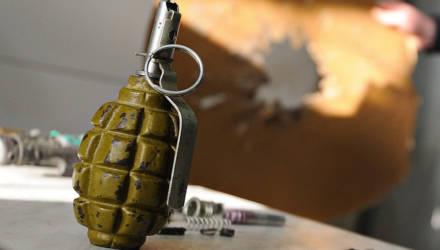 На полигоне белорусский солдат-срочник получил травму от взрывоопасного предмета. За ним вылетел вертолёт
