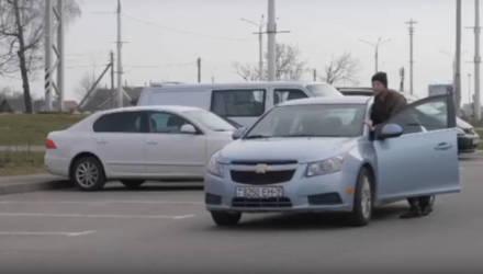 """""""Качество бензина не ухудшается, оно изменяется"""". Вышел репортаж с АЗС. Пародия?"""
