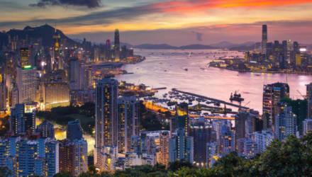 Гомельчанин интересуется: За что каждому жителю Гонконга дадут по $1200?