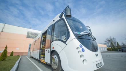Новый гибридный автобус начал курсировать на одном из городских маршрутов в Гомеле