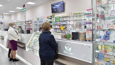 В Гомеле на областном аптечном складе создан неснижаемый запас масок и антисептиков
