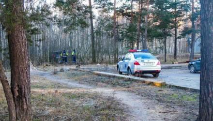 Момент полёта внедорожника в лес в Светлогорске попал на видео