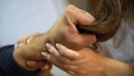 """""""Почувствовала и схватила её за волосы"""". Задержана жительница Мозыря, которая обворовывала пенсионеров"""