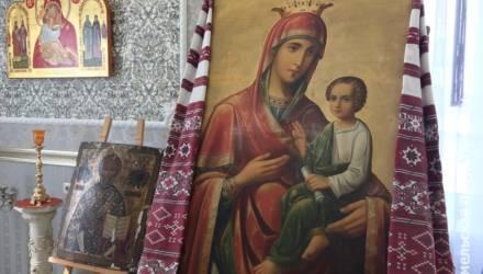 Гомельская епархия прокомментировала спор об иконах, похищенных из храма в Добрушском районе