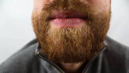 Банальные вопросы про коронавирус: заразен ли бассейн и сбривать ли бороду