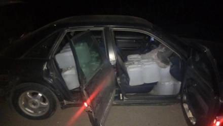 На Гомельщине мужчина в полночь решил проверить, сколько спирта поместится в его Audi, но встретил ГАИ и был неправ
