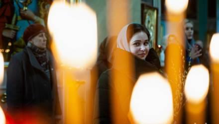Фотофакт. Православные гомельчане празднуют Вербное воскресенье