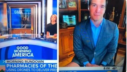 Американский репортёр вышел в эфир в пиджаке, но без штанов. Он не знал, что его ноги видно по ТВ