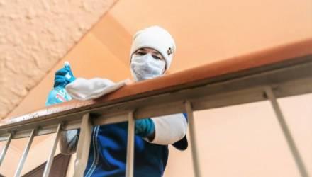 Уборка мест общего пользования многоквартирных домов: держат ли гомельские коммунальщики руку на пульсе?