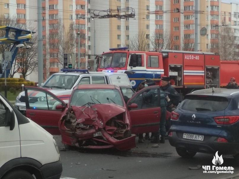 На Советской в Гомеле серьезная авария