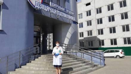 """Сладости для радости: """"Спартак"""" передал подарки для маленьких пациентов"""