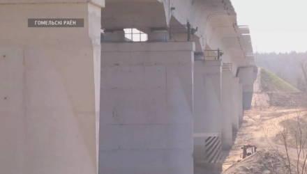 В Гомельском районе демонтируют аварийный мост