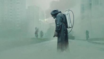 Съемочная группа сериала «Чернобыль» передала защитные костюмы испанским больницам