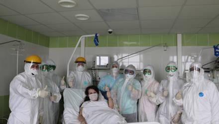Родившая на фоне ковидной пневмонии белоруска идёт на поправку