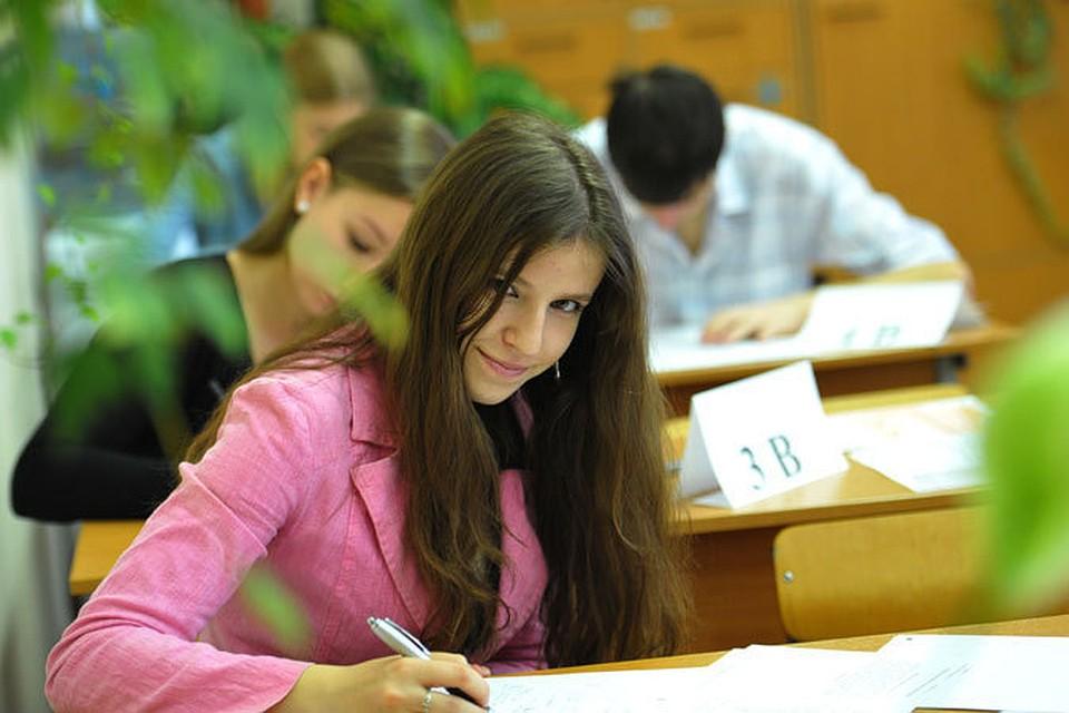 Петицию за отмену выпускных экзаменов подписали почти 7 тысяч белорусов