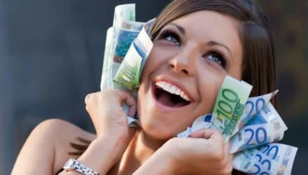 Финансовый подъём и решение проблем: астрологи назвали главных везунчиков июня