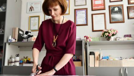 Гомельский дизайнер показала, как из старой майки создать модный аксессуар