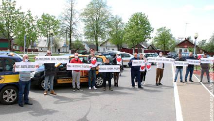 Километры добра: такси «Везунчик» поддержало рогачёвских медиков