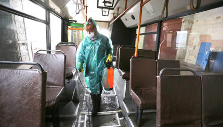 В общественном транспорте пассажиров стало меньше примерно на треть