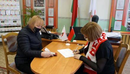«Белая Русь»: за Лукашенко уже собрали 200 тысяч подписей