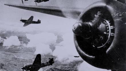 Дуэль один на один. Как герой Советского Союза Анатолий Шаманский выследил немецкого аса, сбившего 350 советских самолётов