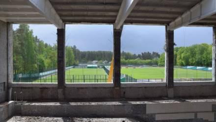 В Гомеле бассейн на ул. Ленинградской планируют открыть в августе