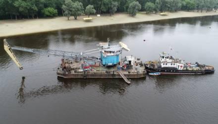 В Гомеле возбуждено уголовное дело в отношении капитана буксира, который столкнулся с рыбацкой лодкой, в результате чего погиб человек