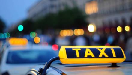 В Гомеле пассажир угрожал убийством и начал душить таксиста – тот отказался перестроить маршрут