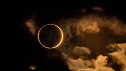 """Население Земли увидит редкое астрономическое явление, известное как """"кольцо огня"""""""