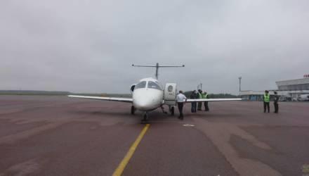 Под Гомелем из-за попавшей в двигатель птицы совершил аварийную посадку чешский самолёт