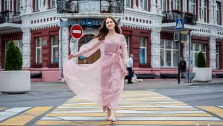 «Насчёт вальса не волнуюсь: я окончила хореографический класс». Ольга Баравик из Гомеля готовится к республиканскому балу выпускников