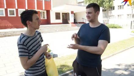 Начальник УВД извинился перед задержанными в Гомеле глухонемыми