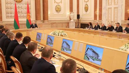 Президент о пандемии: Весь мир подтверждает, что Лукашенко оказался прав, а нашим отморозкам неймётся