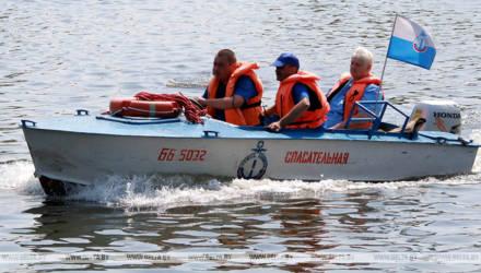 Виражи на воде и пьяная езда на авто – отдых на Днепре для двоих гомельчан закончился штрафами