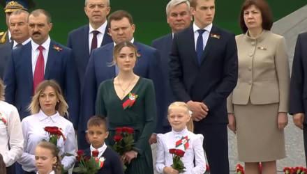 Стало известно, что за красавица была на трибуне вместе с Николаем Лукашенко