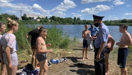 В Гомеле инспекторы ИДН провели рейд по пляжам и выявили пьяных несовершеннолетних