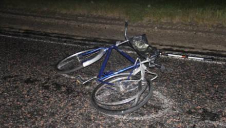 В Брагинском районе женщина на VW насмерть сбила велосипедиста и скрылась. Ещё одна трагедия произошла в Кормянском районе