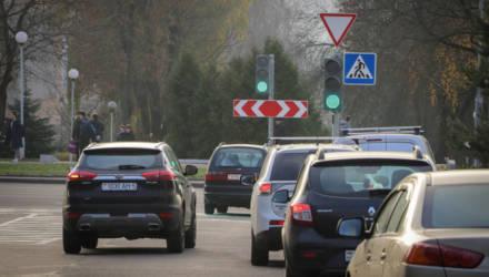 «Дорожный налог»: власти снова рассматривают вариант о его включении в цену топлива?