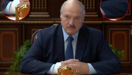 Лукашенко серьёзно болен или это последствия COVID-19? Президент появился на публике с катетером на правой руке и неизвестным устройством на левой