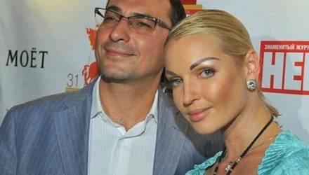 «Живёт припеваючи»: Волочкова отсудила у экс-мужа деньги за 22 квартиры