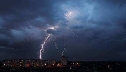 Берегитесь гроз: штормовое предупреждение объявили в Беларуси на субботу