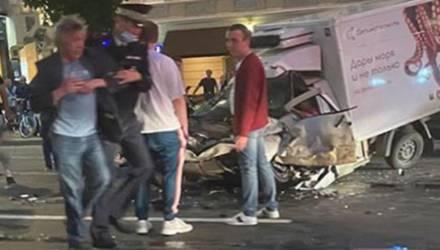 Новое видео смертельной аварии с Михаилом Ефремовым появилось в Сети