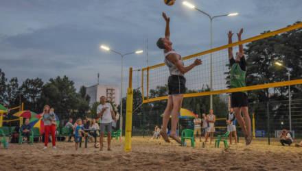 Уникальный в своём роде: открытый турнир по пляжному волейболу «Magic volleynight» состоялся в Гомеле