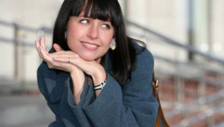 Мирослава Карпович переехала в дом Прилучного
