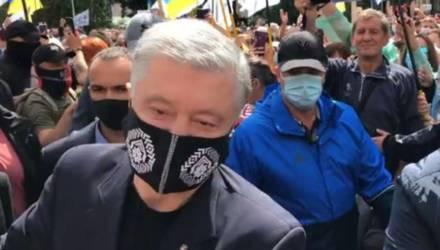 Порошенко разбил камеру журналистов (видео)