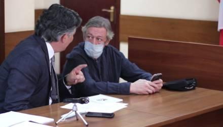 Ничего не помню: Ефремов в суде отказался признать вину