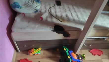 В Гомеле соседка забежала в горящую квартиру и вынесла двоих детей
